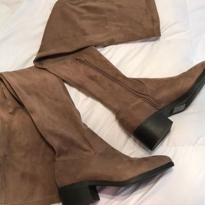 Forever 21 Over The Knee Suede Boots